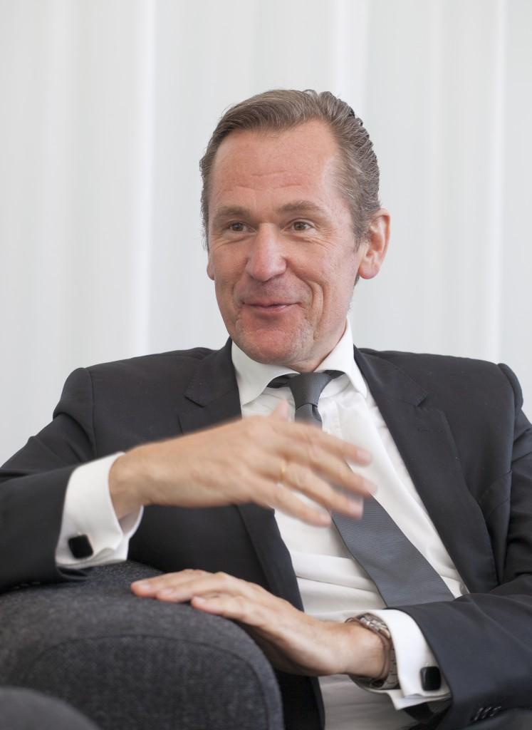 Mathias Döpfner lacht