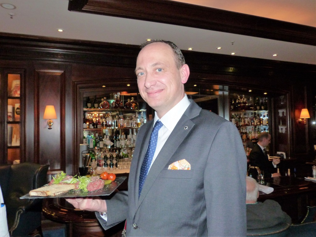 Hoteldirektor Moritz Klein