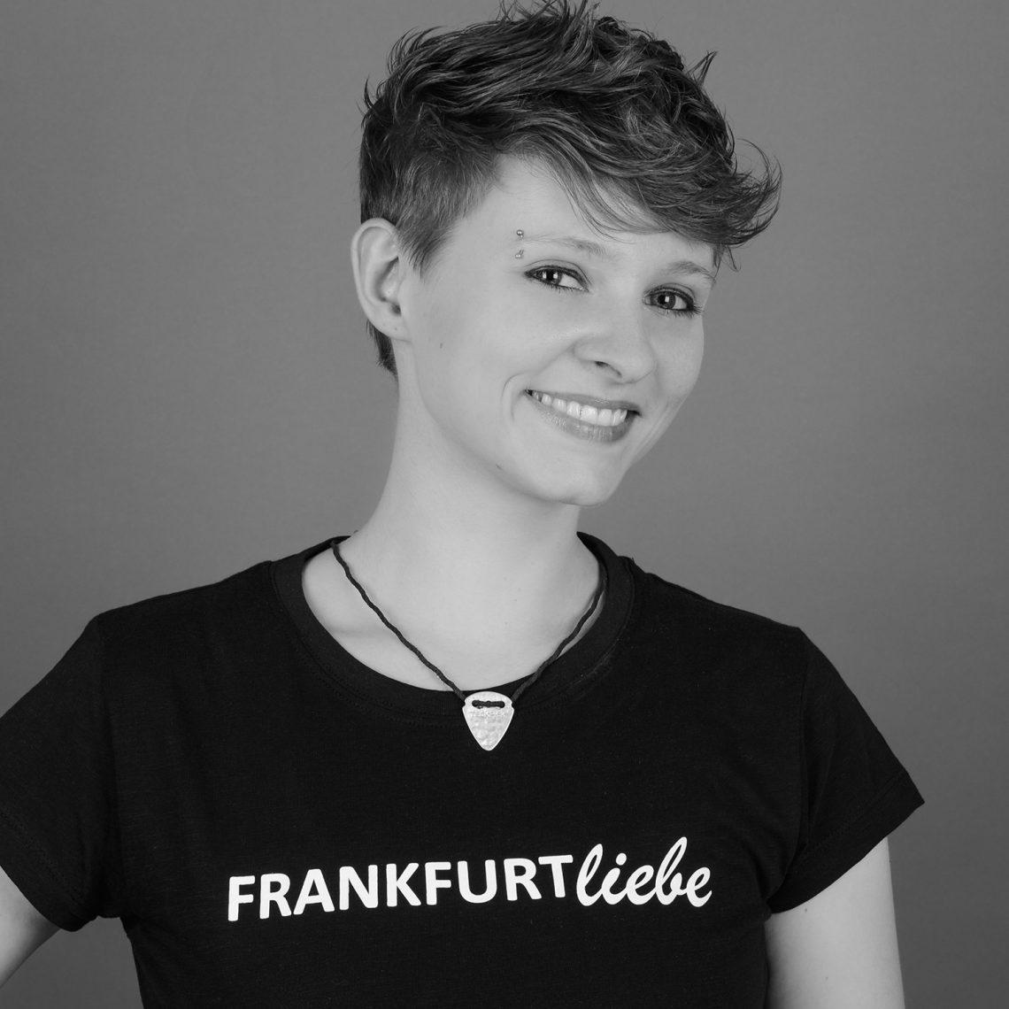 Welt-Mädchentag: Zahlreiche Mädchen und Frauen im Steigenberger Frankfurter Hof für die Rechte von Mädchen