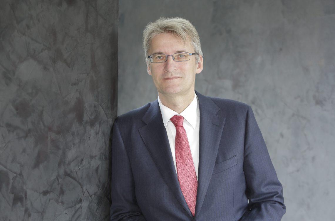 Autorengespräch mit Elmar Theveßen, Stellv. Chefredakteur des ZDF, im Steigenberger Frankfurter Hof