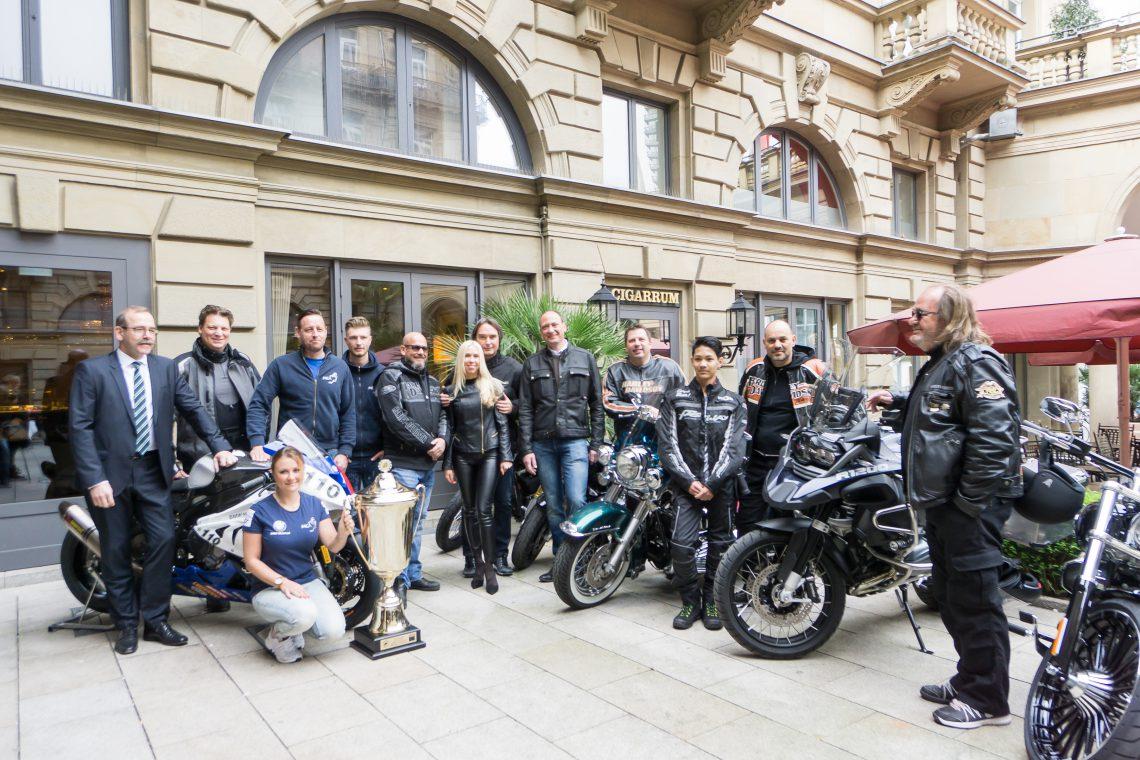 FDP-Politiker Hermann Otto Solms beim Motorrad-Frühstück im Steigenberger Frankfurter Hof
