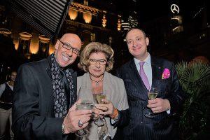 Mike Knauff und Moritz Klein mit eleganter Dame