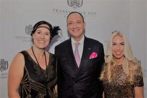 Finanzexpertin Milijana Lazic, Hoteldirektor Moritz Klein und PR-Expertin Jane Uhlig