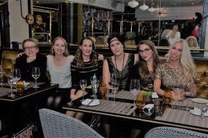 Frauenrunde: Jutta Failing, Anja Zörner, Bloggerin Esther, Milijana Lazic, Sarah Canenbley, Jane Uhlig