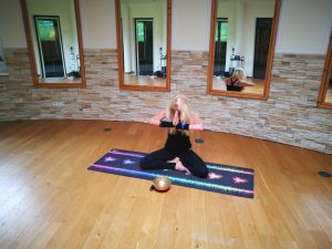 Yogatrainerin und Mental Soul Coach Jane Uhlig im Lärchenhofer, Sport- und Wellnesshotel