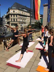 Welt Yoga Tag im Steigenberger Frankfurter Hof