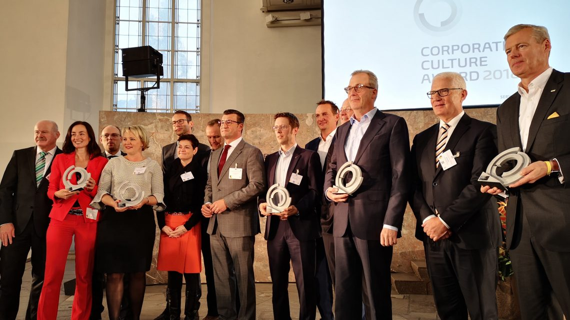 Verleihung des Corporate Culture Awards (CCA) auf dem 10. Deutschen Wirtschaftsforum der ZEIT Verlagsgruppe