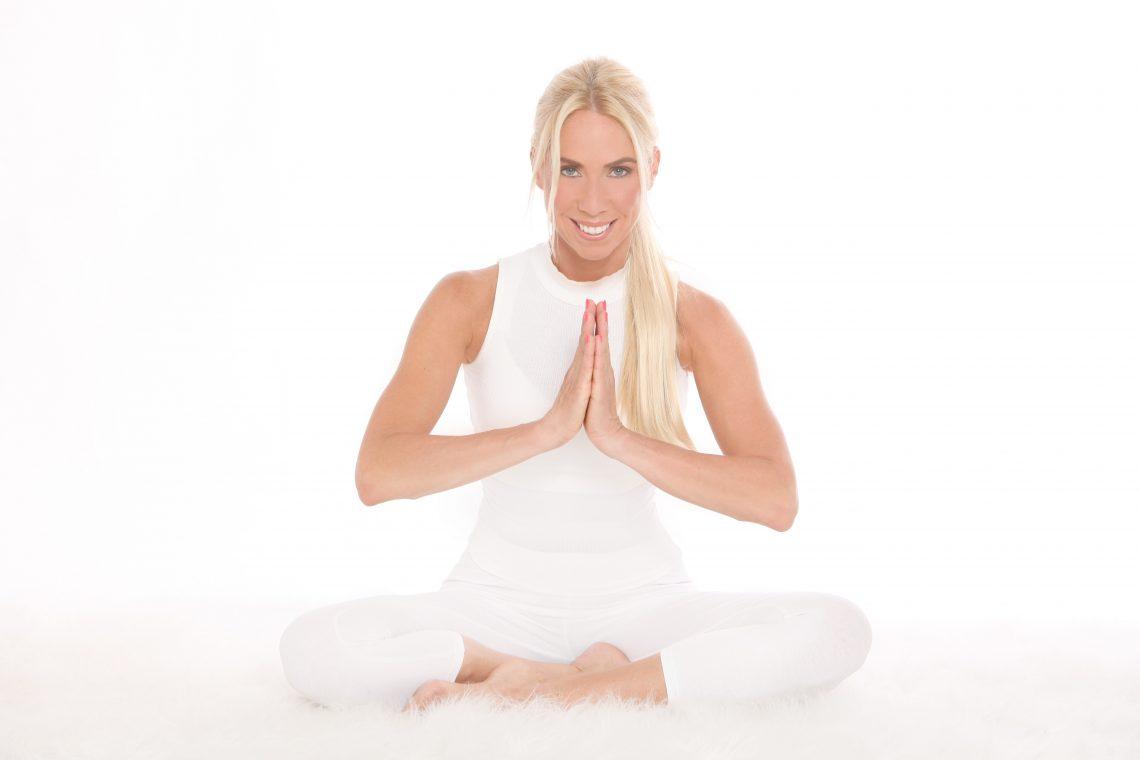 Seehotel Niedernberg: Yoga-Retreat's 2020 mit Yoga-Coach und Wirtschaftsexpertin Jane Uhlig für mehr Energie, Motivation und Gelassenheit