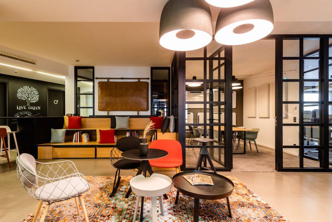 Büro als Wohlfühloase: ACCUMULATA erhält Iconic Award 2021 für Münchner Office